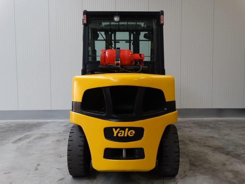 Yale Wózek widłowy z napędem LPG