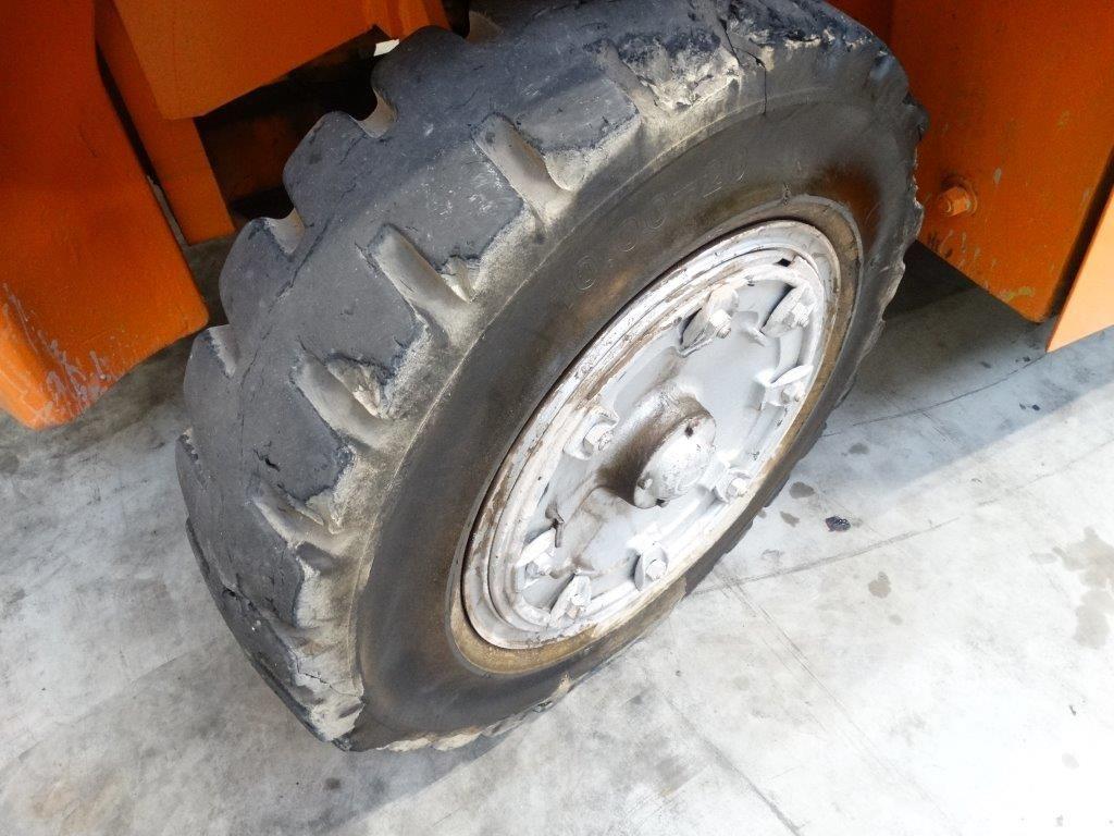Clark Wózek widłowy z napędem Diesel