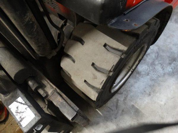 Cesab Wózek widłowy elektryczny 4-kołowy
