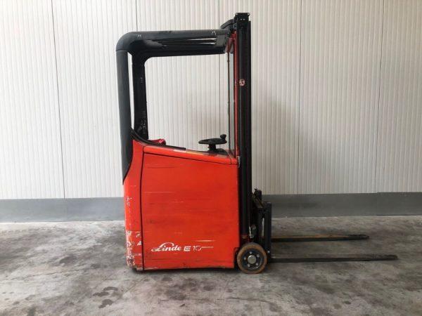 Linde Elektryczny wózek wysokiego składowania