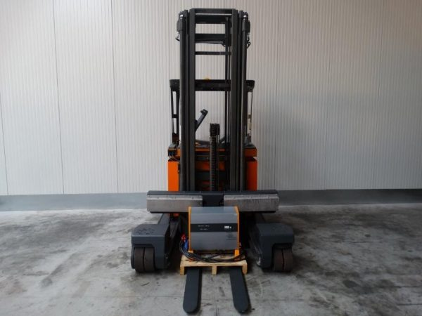 Still Czterokierunkowy wózek wysokiego składowania