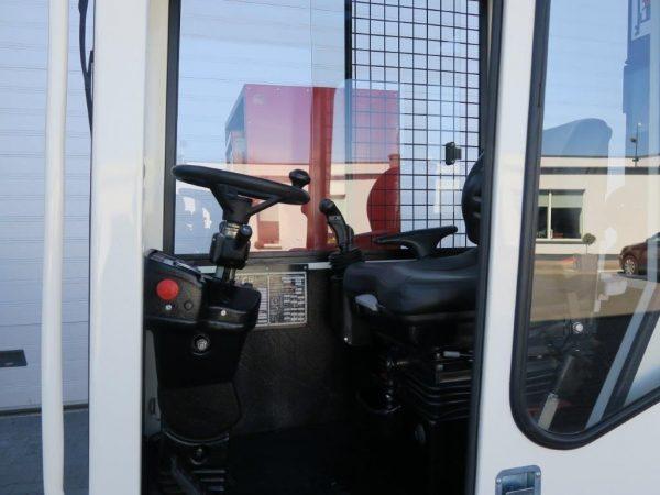 Fantuzzi Wózek widłowy boczny elektryczny