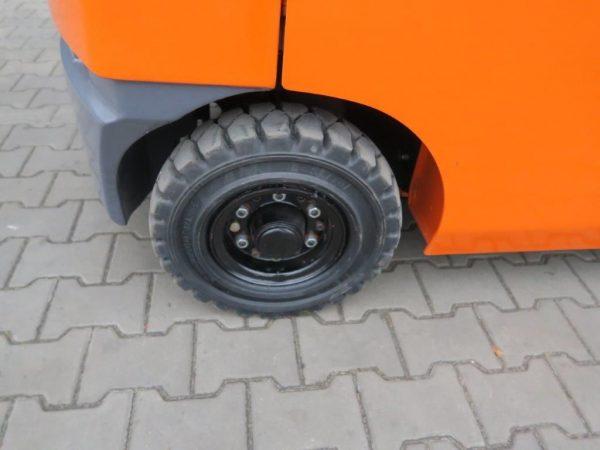 Toyota Wózek widłowy z napędem LPG