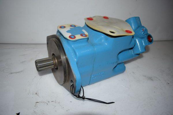Kalmar Części zamienne - Typ: Hydraulikpumpe Kalmar T0301047H
